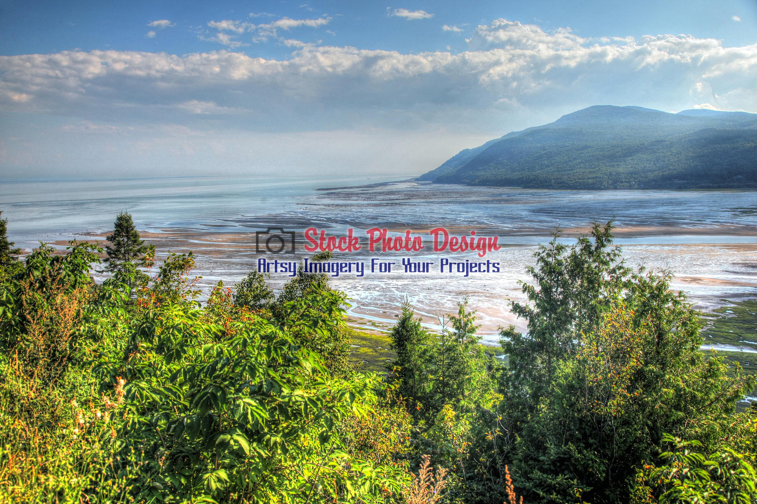 St-Lawrence River in Baie St-Paul in HDR - Dimensions: 3000 by 2000 pixels