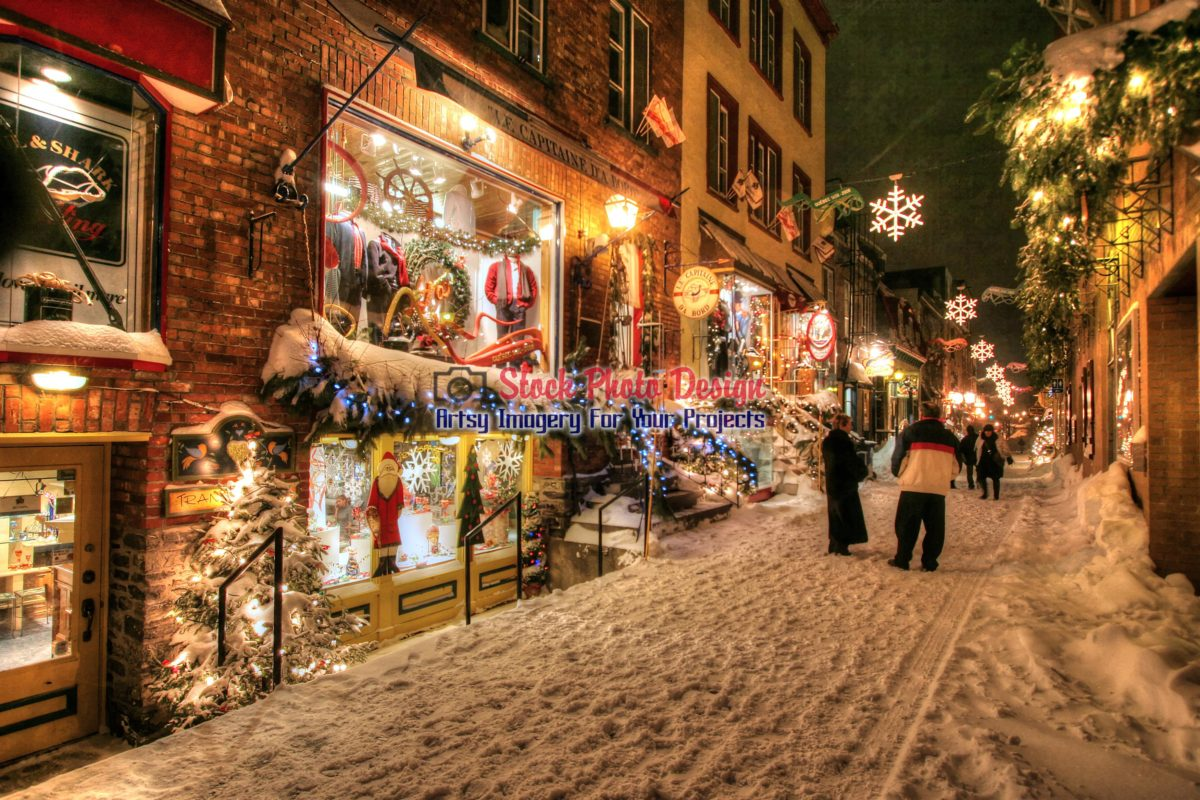 Old Quebec City Christmas Market.Old Quebec City District Alley In Hdr 07